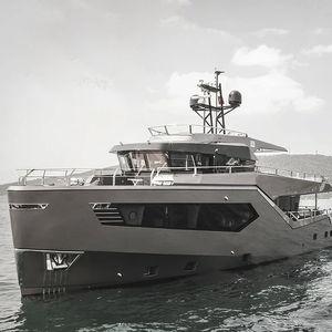 cruising luxury motor-yacht