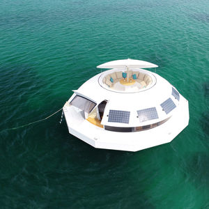 hotel floating structure