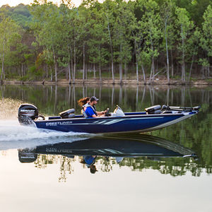 outboard crappie boat