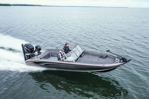 outboard bass boat