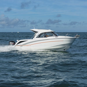 outboard cabin cruiser / wheelhouse / 9-person max. / sundeck