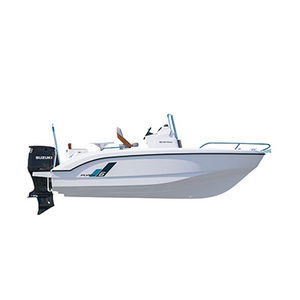 outboard center console boat / planing hull / center console / sport