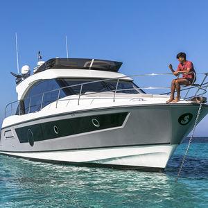 cruising motor yacht / flybridge / IPS / 3-cabin