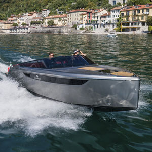 inboard runabout / dual-console / classic / classic