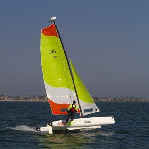 recreational sport catamaran / instructional / multi-person / catboat