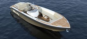 inboard center console boat / side console / yacht tender / 12-person max.