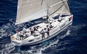 monohull / cruising-racing / one-design / open transom