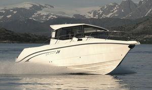 outboard cabin cruiser