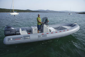 outboard inflatable boat / rigid / center console / open