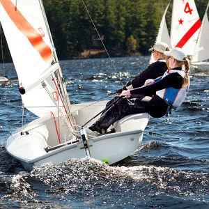 double-handed sailing dinghy / regatta / instructional / asymmetric spinnaker