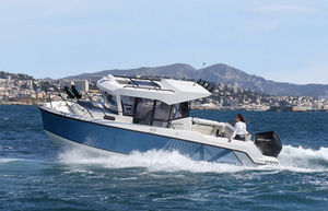 outboard day fishing boat / twin-engine / hard-top / day fishing
