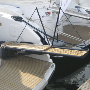 boat gangway / for sailboats / telescopic / rotating