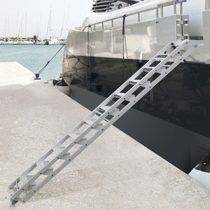 yacht ladder / lateral / boarding / manual