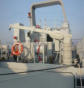 boat davit / for yachts / hydraulic / rotating