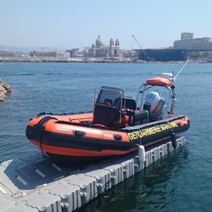 floating dock / modular / drive-on / for marinas