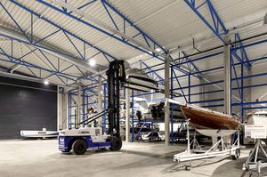 shipyard forklift