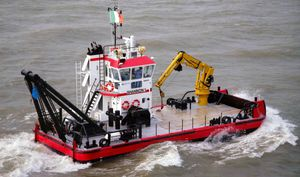 work boat professional boat / utility boat / diesel