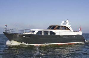 river navigation motor yacht