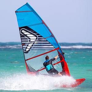 speed windsurf sail