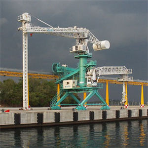 bucket ship loader-unloader