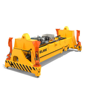 loaded container spreader
