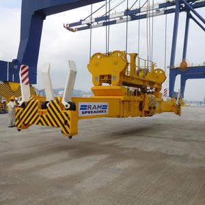 ship-to-shore crane spreader / stacking crane / for containers / telescopic