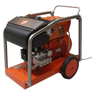 shipyard high-pressure cleaner / mobile / electric drive