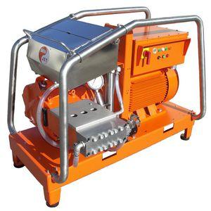 shipyard high-pressure cleaner / skid-mounted / electric drive