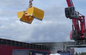 bulk carrier ship bulk cargo grab