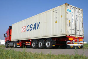 tri-axle container chassis / container