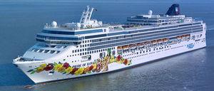 Panamax cruise ship