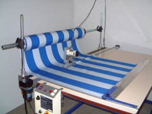 rotary-knife cutting table