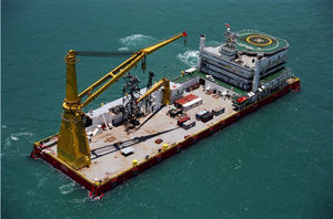 heavy lift special vessel / ice-class / for pipe laying