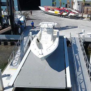 boat lift / floating / hydraulic / aluminum