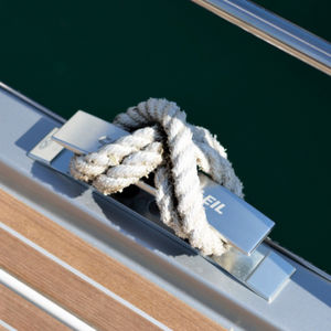 yacht mooring cleat