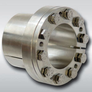expandible axle mechanical coupling