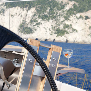 stabilized cockpit table / for yachts / for sailboats / folding