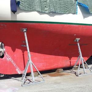adjustable boat stands