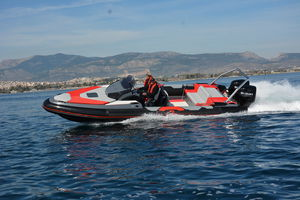 outboard inflatable boat / twin-engine / stepped hull / dual-console