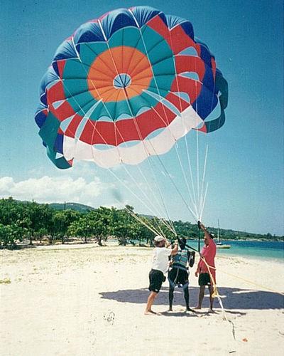 beach launch parasail