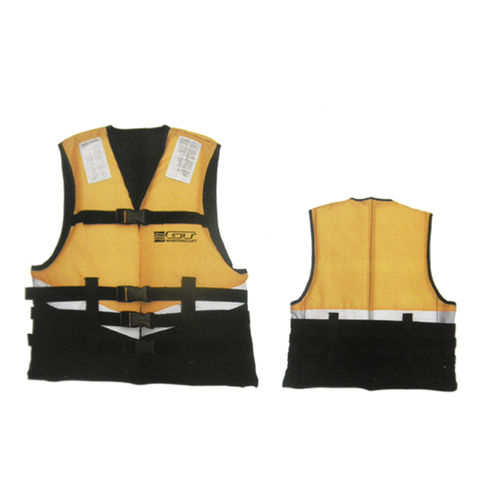 canoes and kayak buoyancy aid