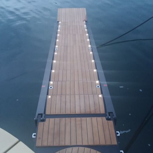 boat gangway / for yachts / rotating / retractable