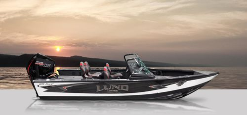 outboard runabout / dual-console / bowrider / sport-fishing