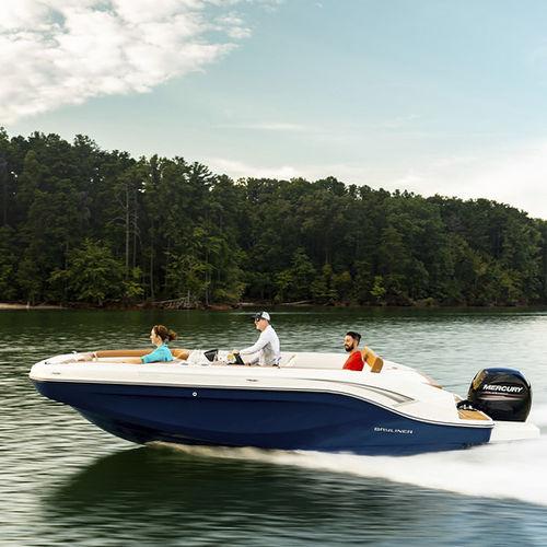 outboard deck boat / sport-fishing / wakeboard / ski