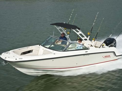 outboard runabout / bowrider