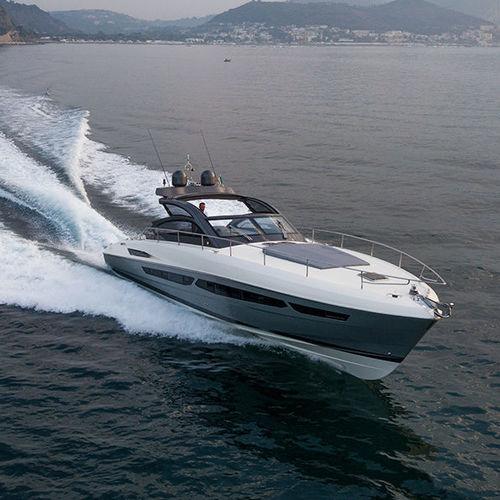 inboard express cruiser / twin-engine / open / soft-top