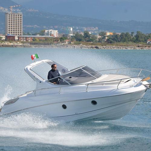 inboard cabin cruiser / open / 7-person max. / 4-berth
