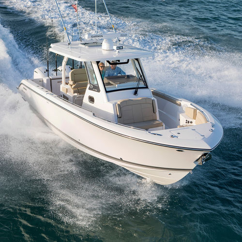 outboard center console boat / diesel / twin-engine / open