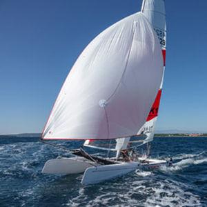 regatta sport catamaran / double-handed / double-trapeze / F18
