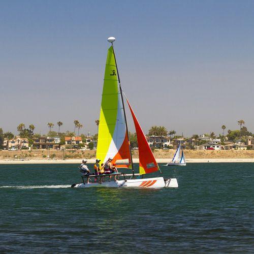 recreational sport catamaran / multi-person / double-trapeze